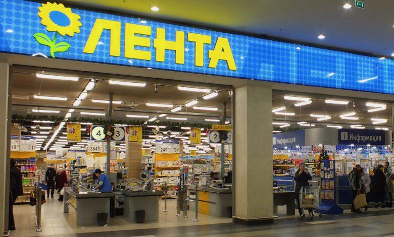 Lenta optimises its assortments automating store-specific planograms. (Photo: Brateevsky)