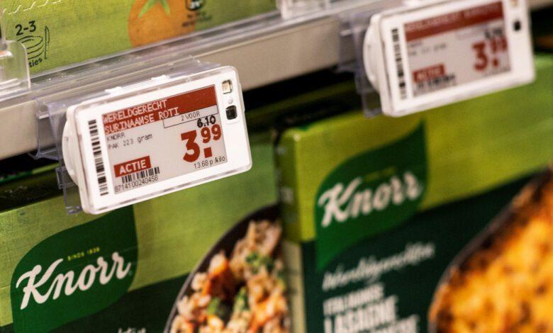 Plus fährt Preis-Promotions mit Pricer: Die niederländische Handelsgenossenschaft de Sperwer bieten ihren Mitgliedern zweifarbige ESLs für ihre Plus-Märkte. (Foto: Pricer)